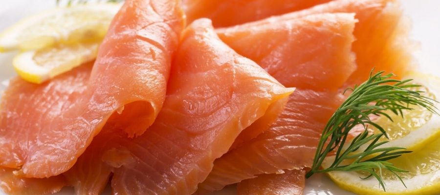 what is listeria and how does it spread in smoked salmon